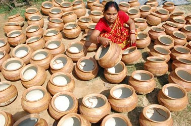 Clay pots drying under sun at Anandanagar near Agartala. TIWN Pic April 20