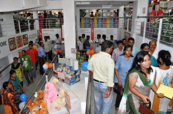People throng markets for Durga Puja