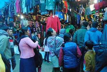 Gathering to purchase winter cloths at Sakuntala market. TIWN Pic Dec 18