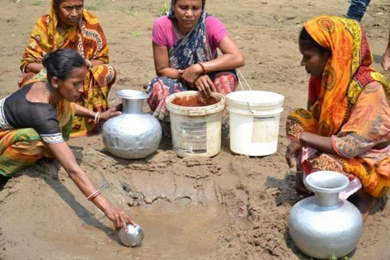 essay on water scarcity in india Water scarcity essay submitted by: water scarcity in india is miserable today, there are thousands of villagers and towns facing an acute drinking water shortage.