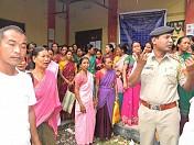 Irregularities in MGNREGA pay prevails: REGA workers lockdown Panchayat office