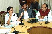 Will take up Ganga erosion with Centre: Mamata