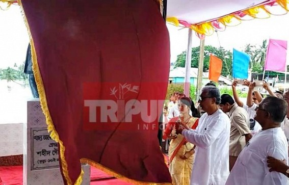 Manik Sarkar inaugurates former party leader's statue at Udaipur