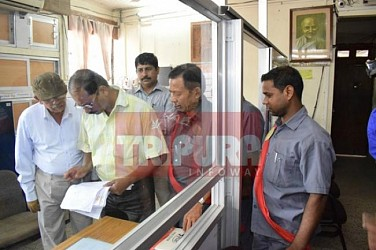 Officials visit DM Office with land issues. TIWN Pic April 27