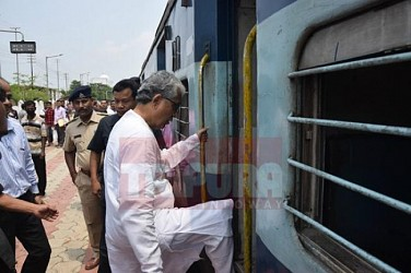 CM takes sleeper class for Kumarghat tour. TIWN Pic April 28