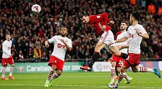 Ibrahimovic powers Man-U to League Cup title