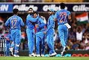 1st T20I: Rain stops play between India, Australia