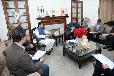 Biplab Deb met Nitin Gadkari at Delhi.
