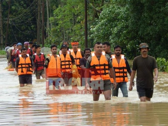 NDRF from Ghaziabad, Silchar arrive in Tripura, more to join in rescue operation