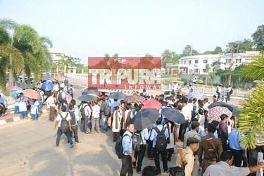 Undergoing B.Ed students blocked road at Secretariat. TIWN Pic April 24