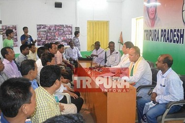 Congress National tribal leader Dadu Tay held meeting with Tripura Congress at Congress Bhawan, Agartala. TIWN Pic July 17