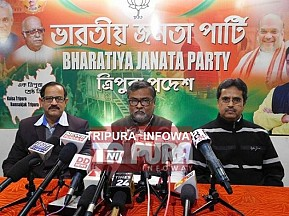 'CPI-M imported Bombs and distributed ! Indo-Bangla arms smuggling attempts continue' : BJP's charges against CPI-M generates tension, EC sustains for 'Free & Fair Election'