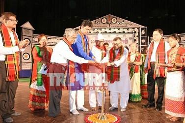 CM inaugurates 119th Nazrul Jayanti at Rabindra Bhawan (Agartala). TIWN Pic May 26