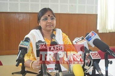 National Commission for Women leader Sushma Sahu addressing media at State Guest House. TIWN Pic May 25