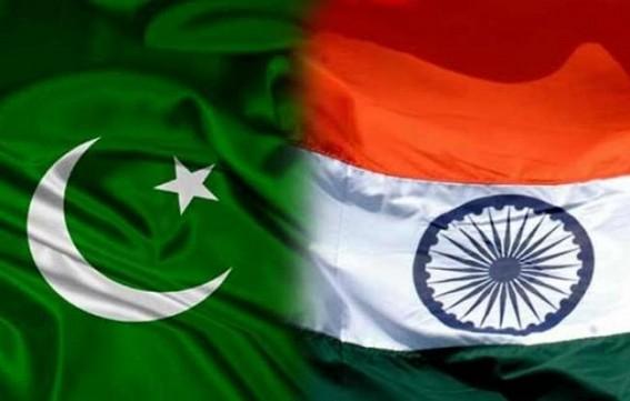 BSF officer killed in Pakistani firing