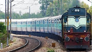 Railways fail on job front, reveals an RTI reply