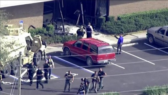 5 killed in shooting at Florida bank