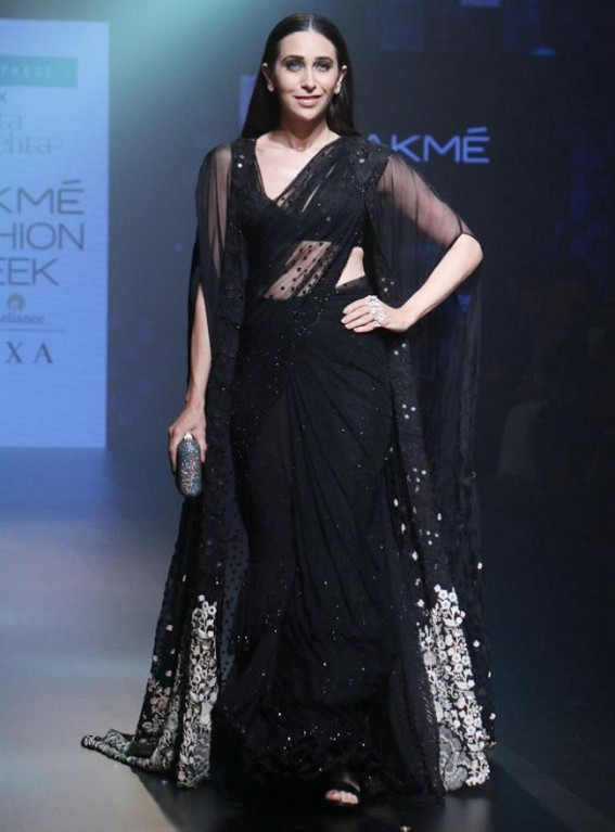 Karisma Kapoor to be showstopper for Jaipur-based designer