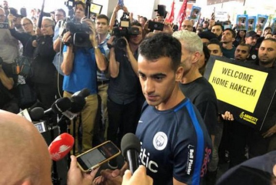 Refugee Bahraini footballer returns to Australia