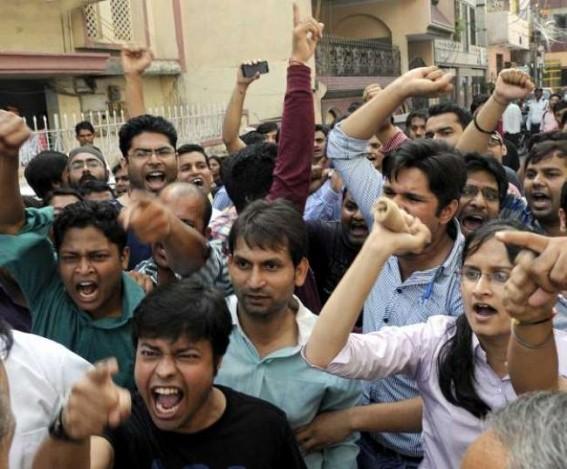 5 cops injured as protestors seeking justice for Alwar gangrape victims pelt stones