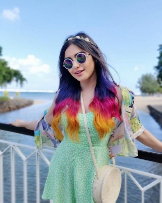 Purple, pink, orange: Adah flaunts three hair colours