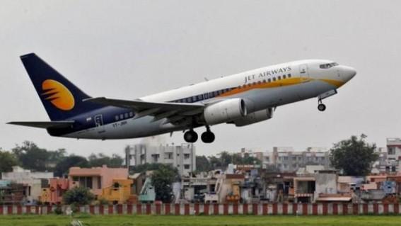 Investors abandon Jet Airways, shares crash 52%