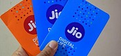 Jio adds most subscribers in April; Airtel, VIL lose