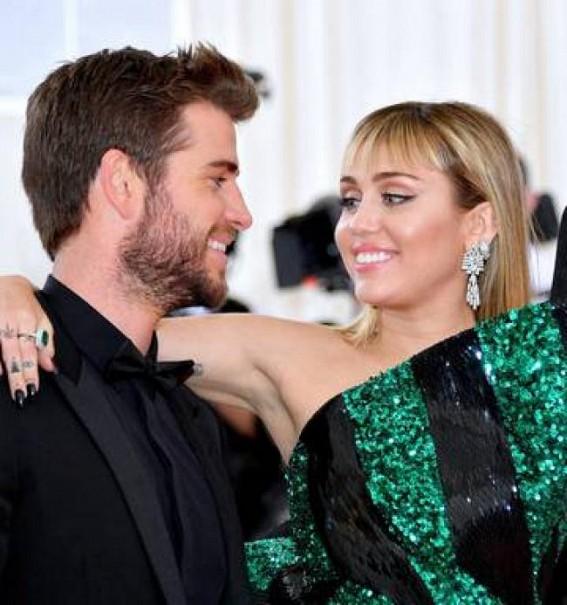 Miley 'devastated' after Liam files for divorce
