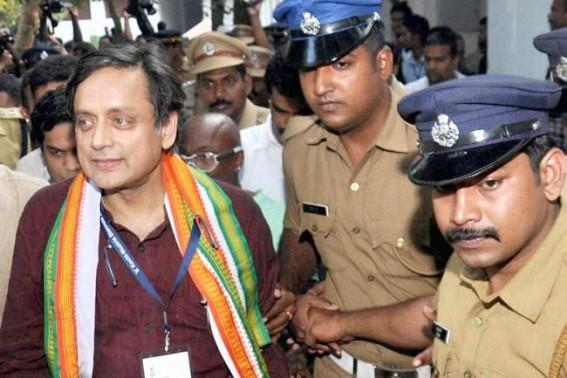 Tharoor accepts Modi's language challenge