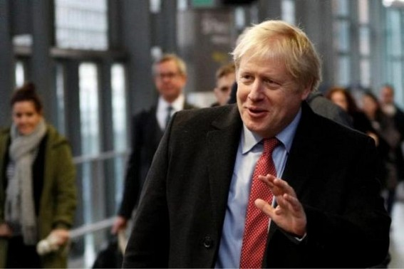 UK general election: Johnson first party leader to vote