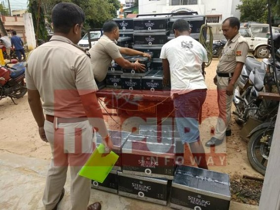 East Agartala Police Caught Auto Driver Red-Handed while smuggling Foreign liquors, produced before court