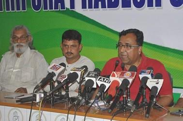 Congress spokesperson Harekrishna Bhowmik addressing media. TIWN Pic April 18