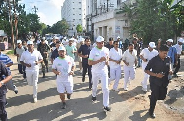 CM flags off 'Run for Green Agartala'. TIWN Pic June 23