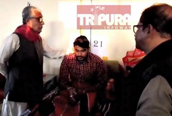 Manik Sarkar met injured DYFI activist