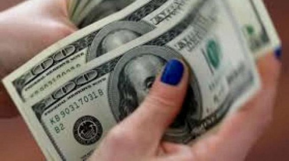 US dollar rises as coronavirus fears ease