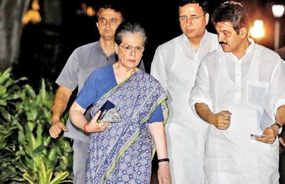 Cong hails SC order on criminals in politics, flays Modi