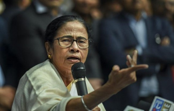 Mamata warns of action against officials stopping vegetable vendors