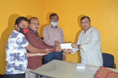 Massive donations in Chief Minister relief fund in Tripura as state fights COVID-19. TIWN Pic March 29
