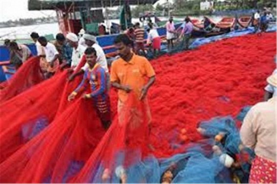 Trawlers to keep off Kerala coast as 52-day ban begins June 9