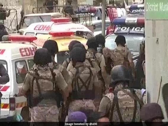 6 killed in Pakistan Stock Exchange attack