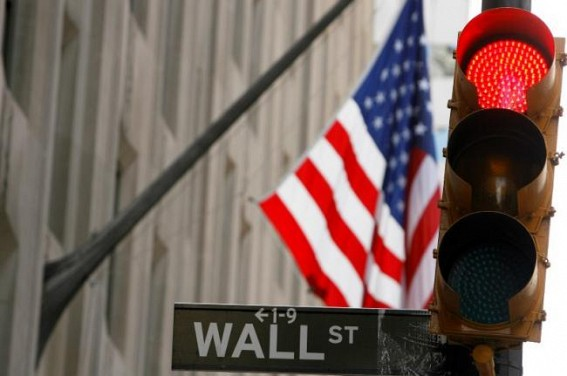 US stocks open lower amid earnings reports(