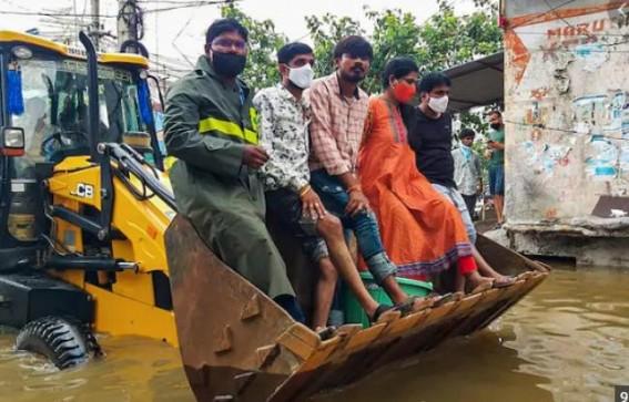 Rains wreak havoc in Maha