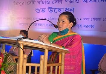 Minister Santana Chakma addressing on 'Beti Bachao, Beti Padhao' programme at Nazrul Kalashetra. TIWN Pic July 8