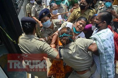 Scuffle between police and CPI-M women wing centering a peaceful protest on Crime against Women. TIWN Pic June 1