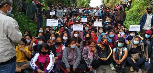 Jampui Hill locals gathered against Bru settlement. TIWN Pic May 30