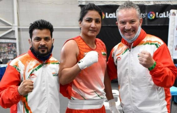 Boxam boxing: Pooja beats world champ, 9 Indians in finals