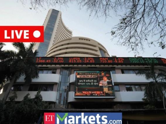 Sensex drops 871 points, banking stocks slump