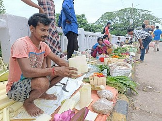 Laxmi puja market in Agartala. TIWN Pic Oct 19